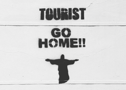 Graffiti 'Tourist go Home' in Barcelona